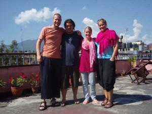 Nepal 0-2 Kathmandu - Andre, 'Ossie' Toby, Jolanda (NL) en Linda